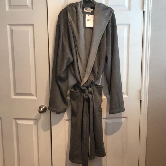 3cab5a81192 UGG Brunswick Robe Gray Men's L/XL NWT